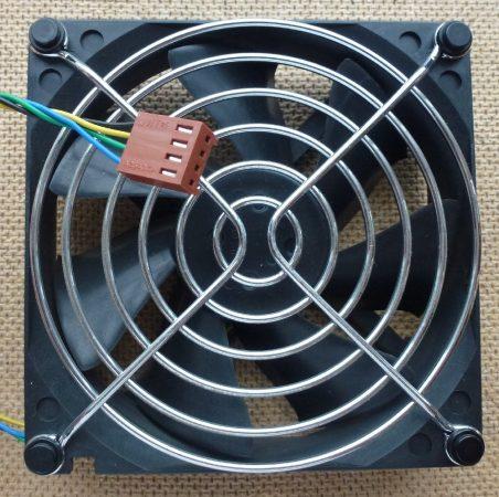 HP 90x90 hűtőventilátor 4 pines 392185-001