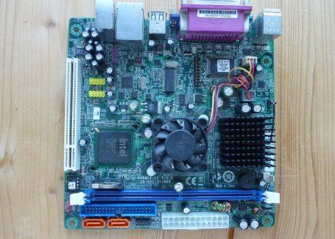 ECS 945GCD-CI V:1.0 ITX alaplap Intel Atom cpu
