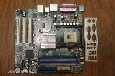 Abit IS-20 s478 alaplap i865G FSB 400 533 800 2003 - az egyik RAM slot hibás