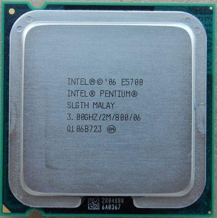 Intel Pentium E5700 3.00GHz/2M/800 processzor SLGTH s775 cpu