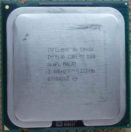 Intel Core 2 Duo E8400 3.00GHz/6M/1333/06 processzor SLAPL s775 cpu