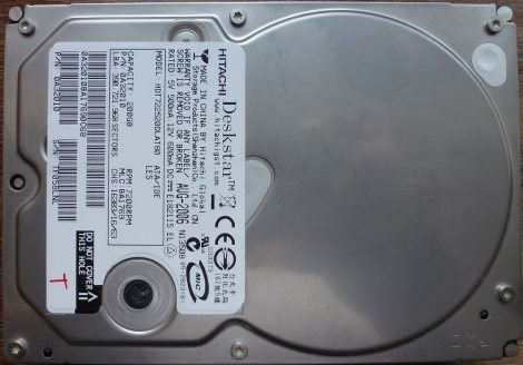 Hitachi DeskStar HDT722520DLAT80 200GB IDE HDD merevlemez 92% 98% 1 bad sector