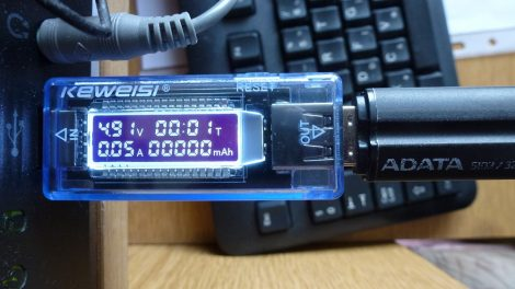 KEWEISI KWS-V20 USB feszültség, áram és akku töltés mérő műszer - USB Charger Doctor Voltage Current Meter Capacity Tester Power Detector