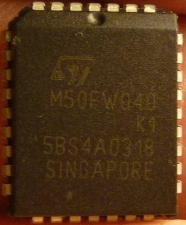 ST M50FW040 K1 512kx8 Firmware Hub PLCC32 4-megabit 3V